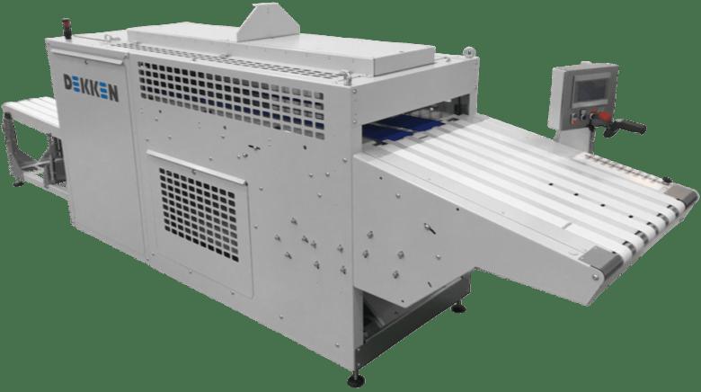MAchine de pliage textile DEKKEN T APPAREL